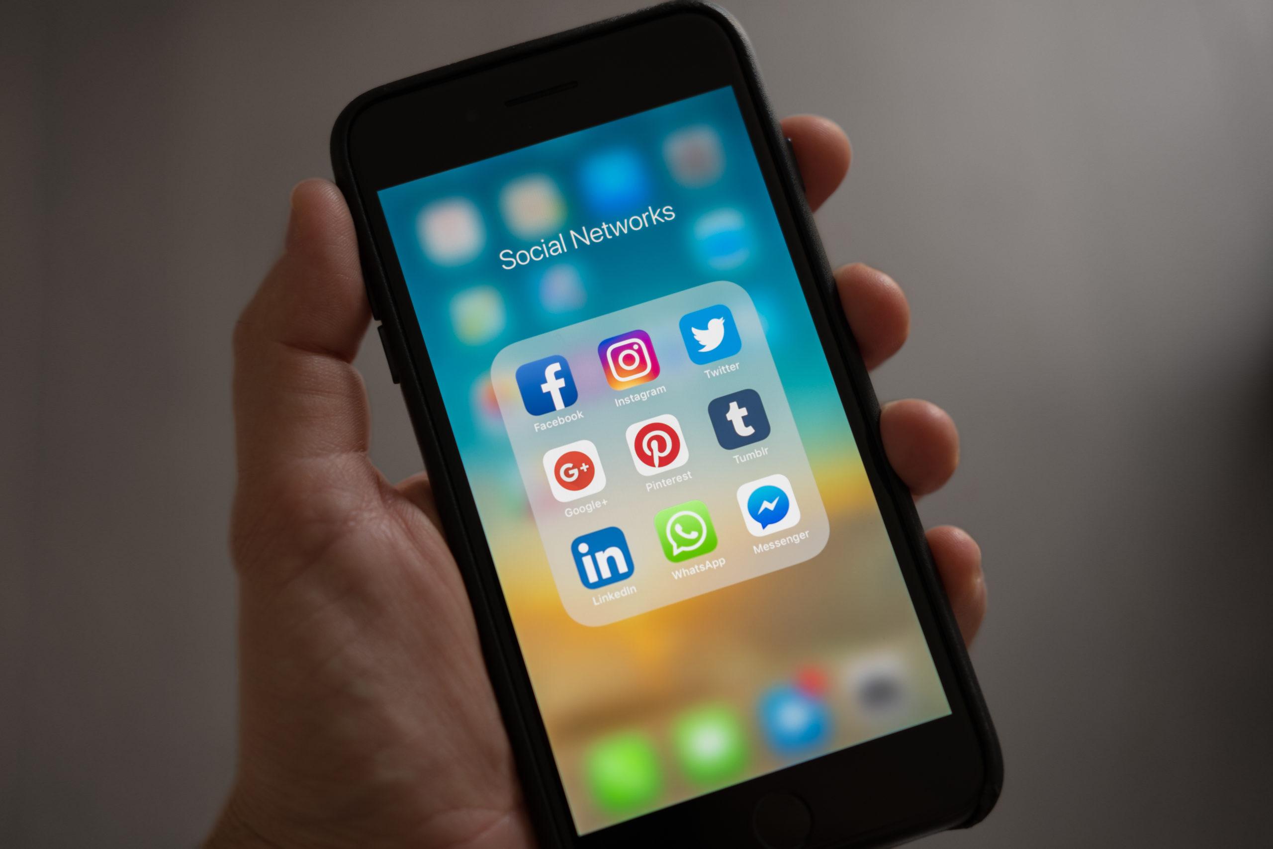 Sociale netwerken op een telefoontoestel